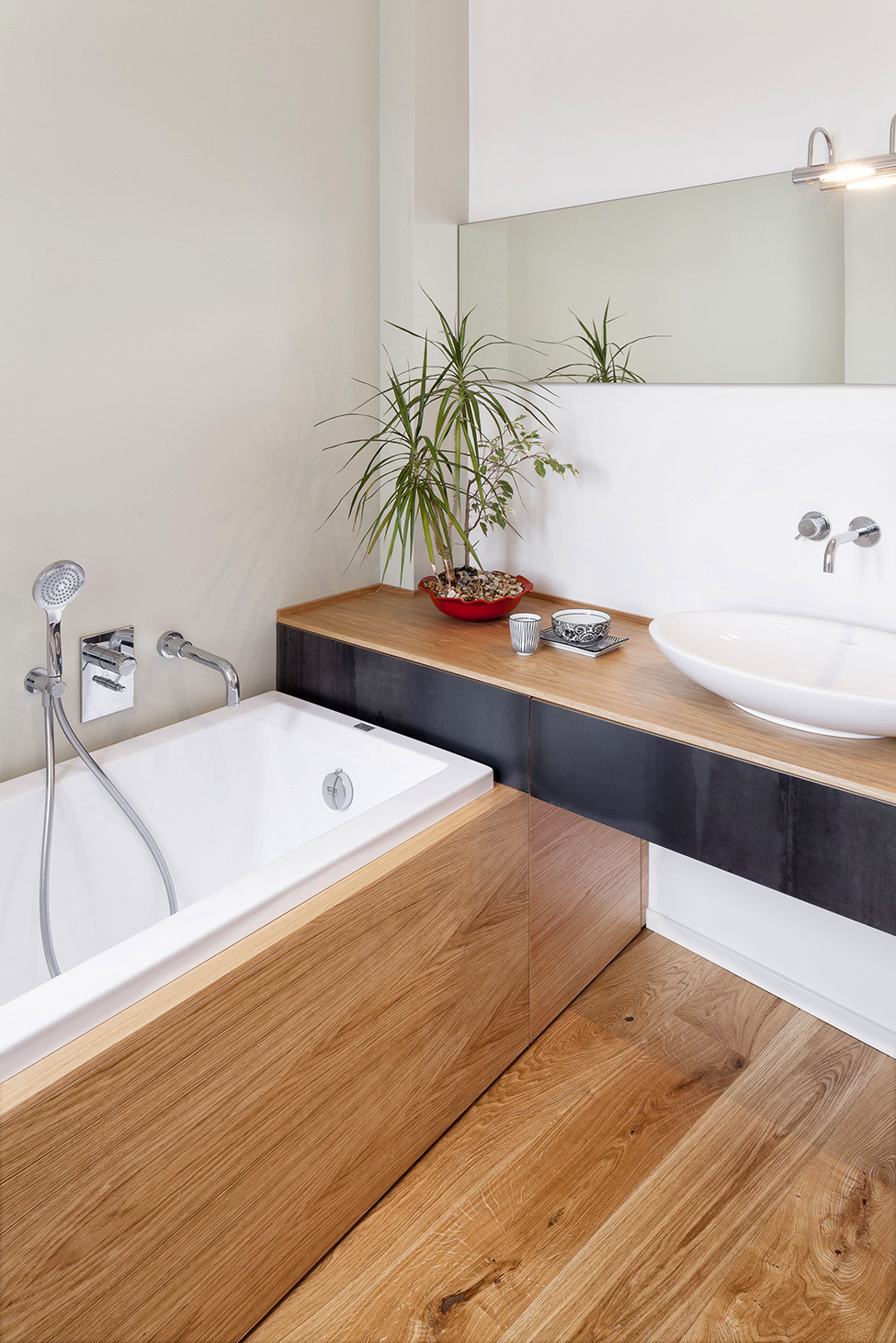 10Wooden-Bathroom-Details