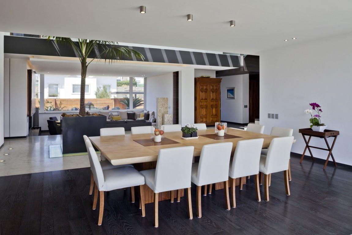 Neat-Elegant-Interior