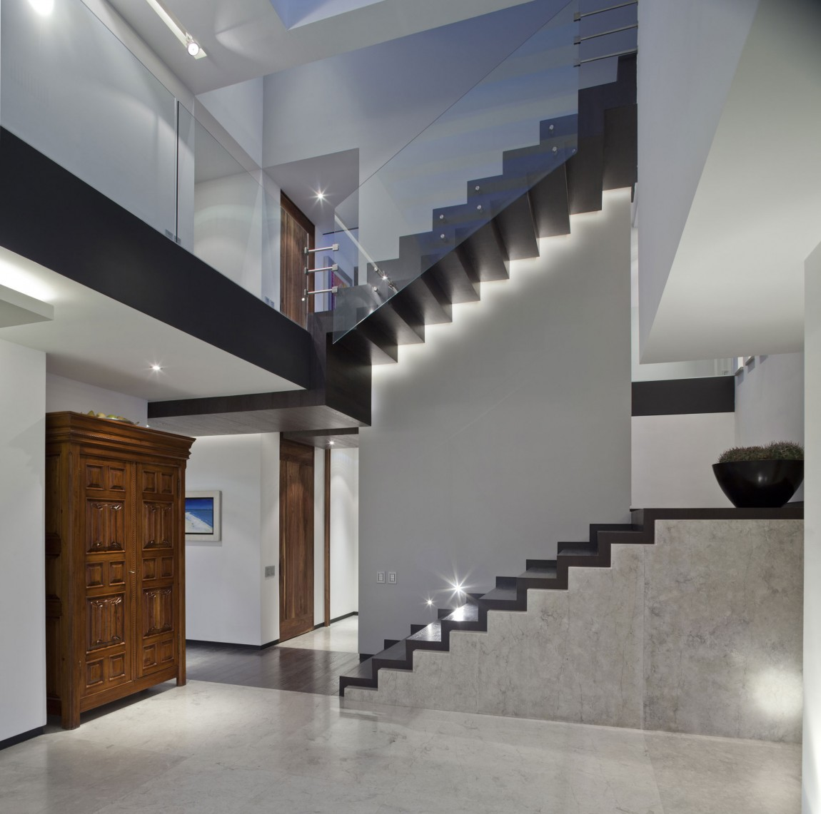 Stairs-and-transparence