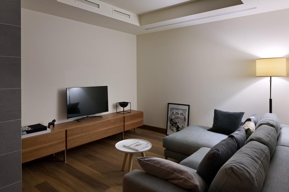 12Kiev-apartment-18