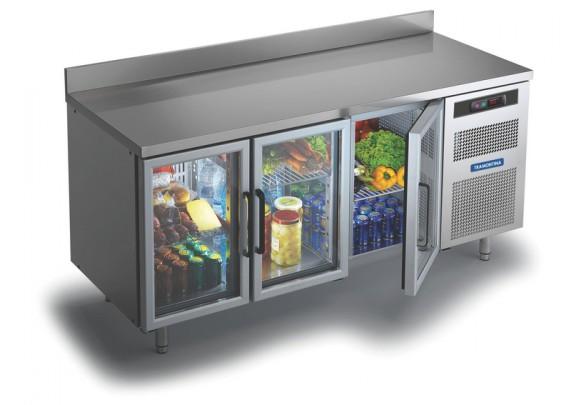 Exagero? Mas não seria legal ter um balcão desses refrigerados numa área de churrasqueira? Também da Tramontina