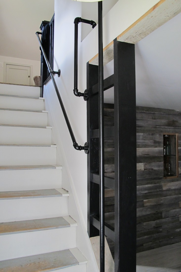 6Black-Stair-Ladder-Materia-Design- Remodel-Ulster-County-Remodelista