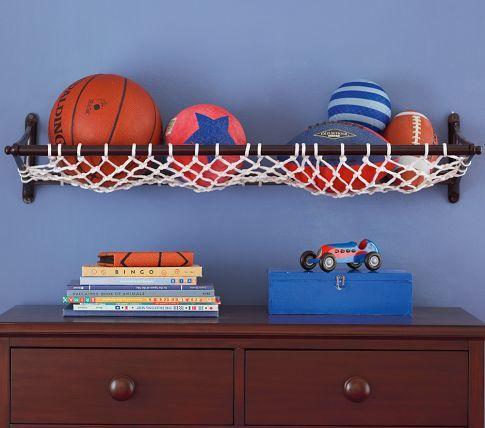 Rede de basquete na prateleira
