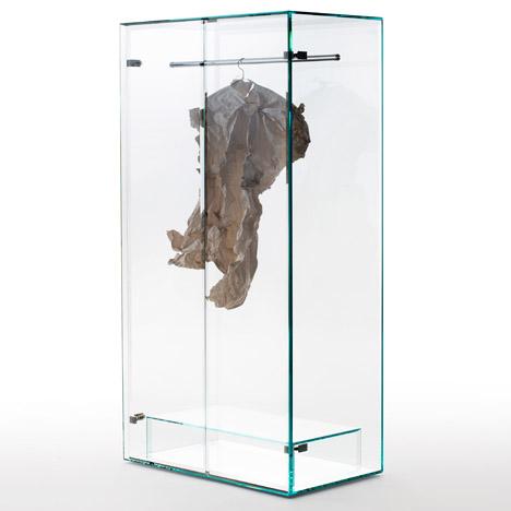 Prism glass closet  by Tokujin Yoshioka para Glas Italia