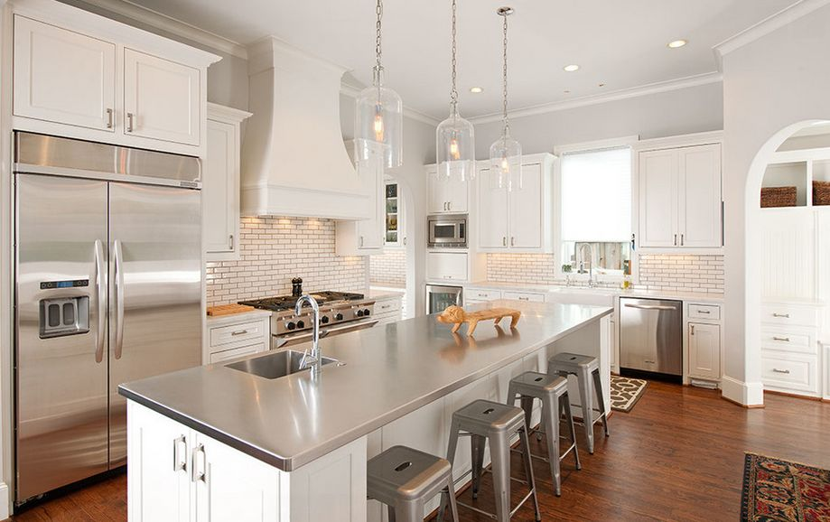 Stainless-Steel-Kitchen-Countertops-traditional