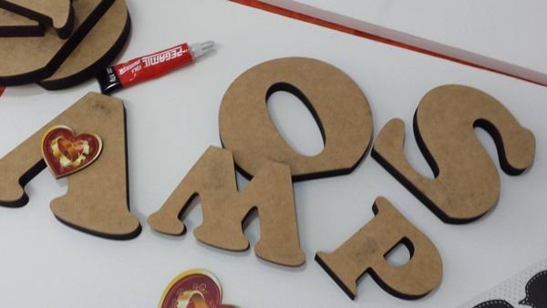 letras e cola