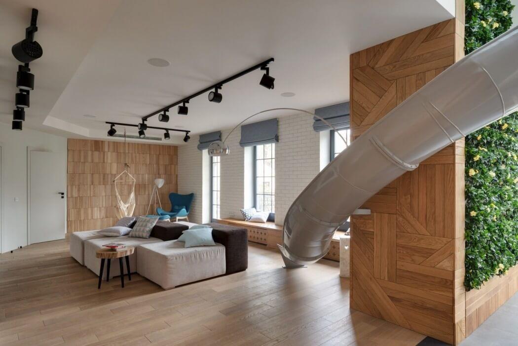 apartamento com escorrega na sala