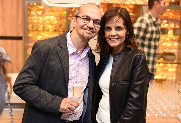Chico Viana e Angela Falcao