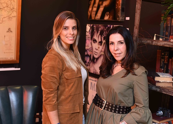 Joanna Mesquitela e Paola Ribeiro