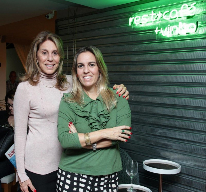 Ligia e Sabrina Schuback anfitriãs da Sétimo ENCONTRO DE BLOGUEIRAS da mostra MORAR MAIS Rio