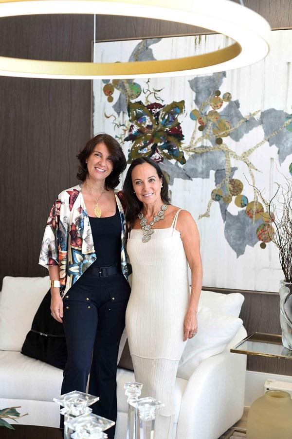 Denise Fernandes e Cristina Sa