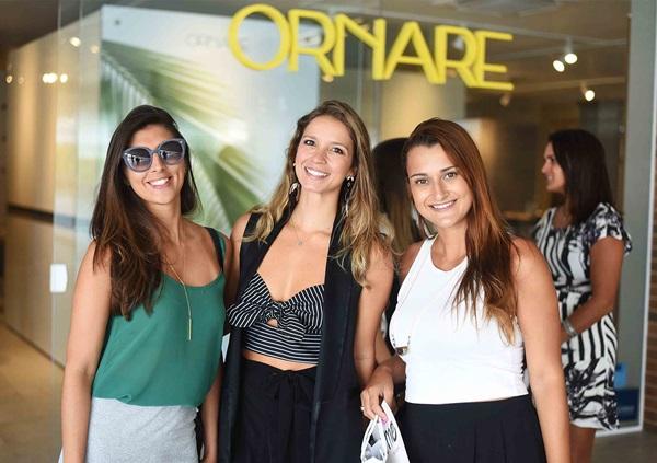Carina Carvalho, Aline Araujo e Luisa Branco