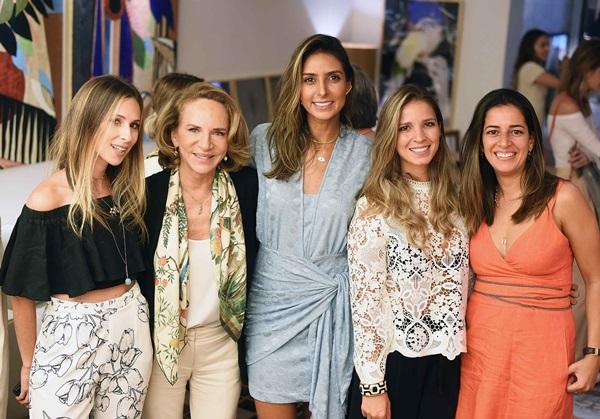 Anny Meisler Lenny Niemeyer, Flavia Sampaio, Aline Araujo e Cristiane Salles