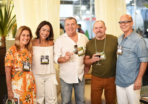 Ana Carmen Alvarenga, Ana Paula Iespa, Magno Salgueiro, Carlos Hansen e Caco Borges