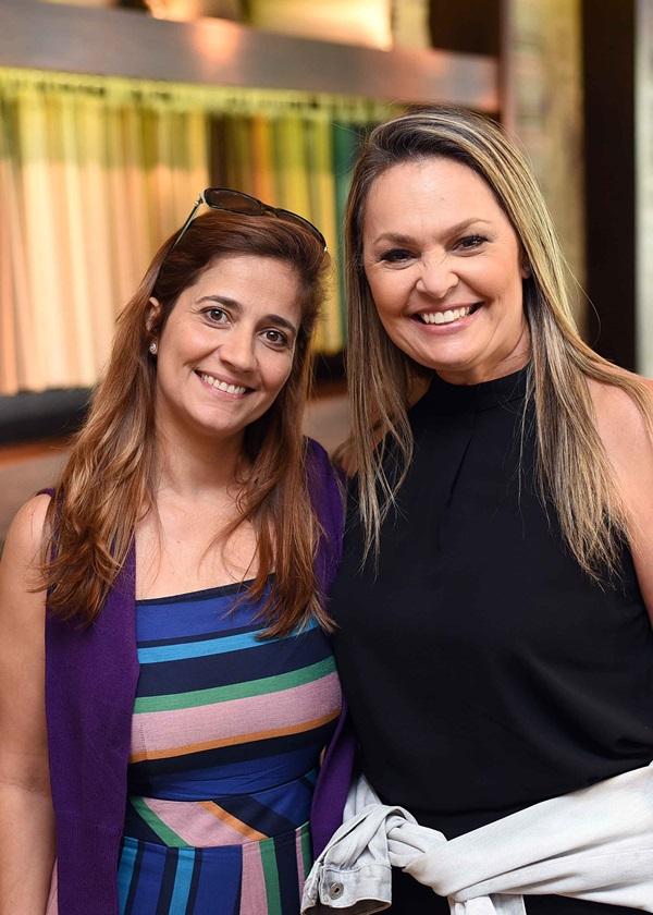 Carla Napolio e Meri Soares