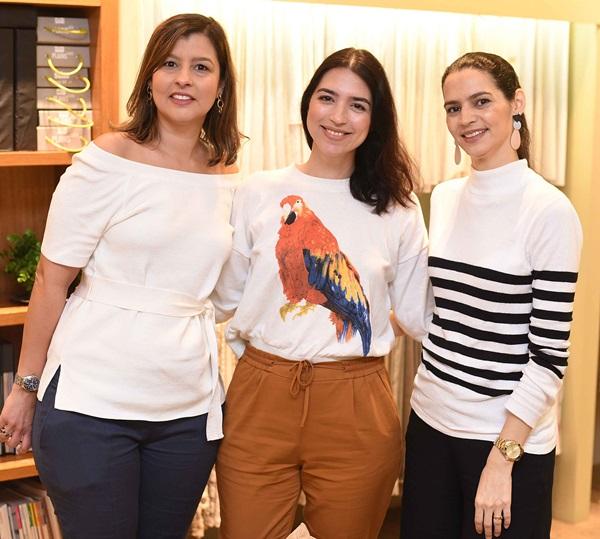 Flavia Pontes, Elisa Bragana e Cris Vianna