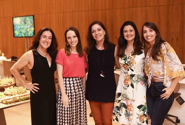 Deborah Wilcox ,Giselle Rivkind, Beth Kalache, Marcia Morelli e Lia Dinalo