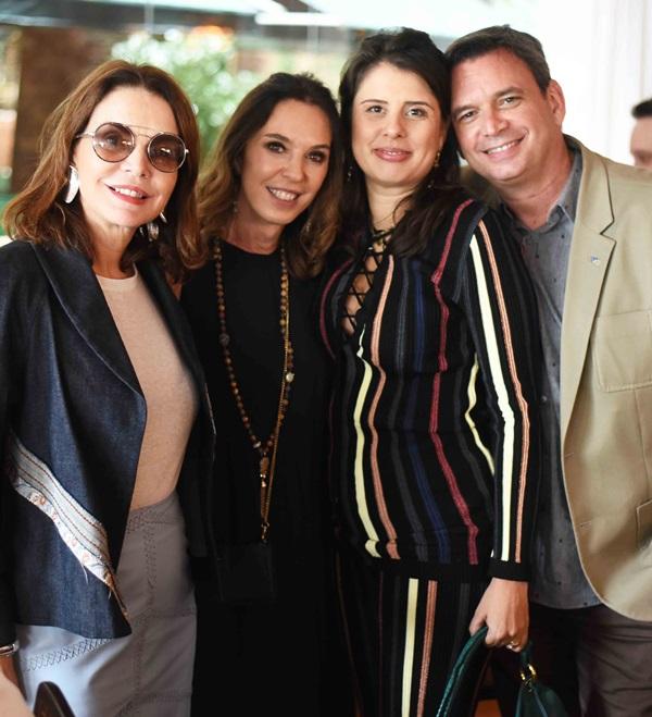 Patricia Mayer, Esther Schattan, Patricia Wood e Alexandre Barroso