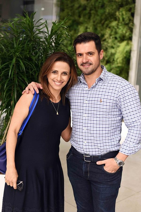 Elaine Campos e Rodrigo Barbosa