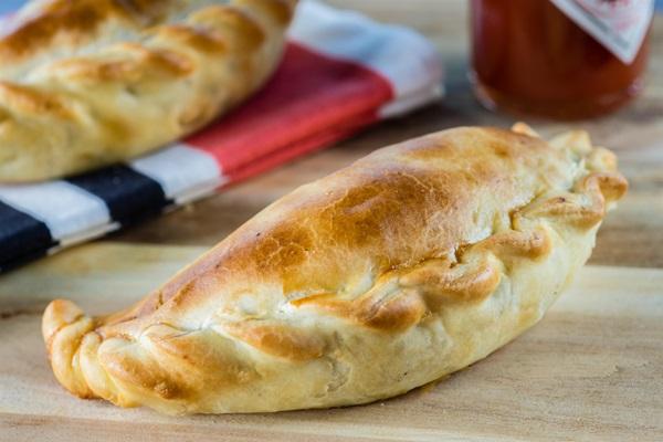 Empanada Saltenha Deli Delcia