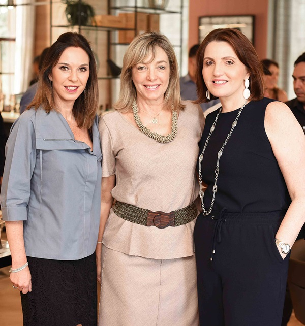 Esther Schattan, Anette Rivkind e Simone Orlean