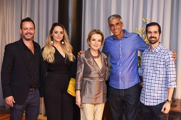 Andre Serra, Renata Santos, Bia Lettiere Rodrigo Perrone e Santiago Lettiere