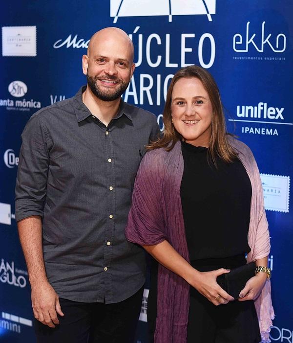 Ary e Roberta Nicolau