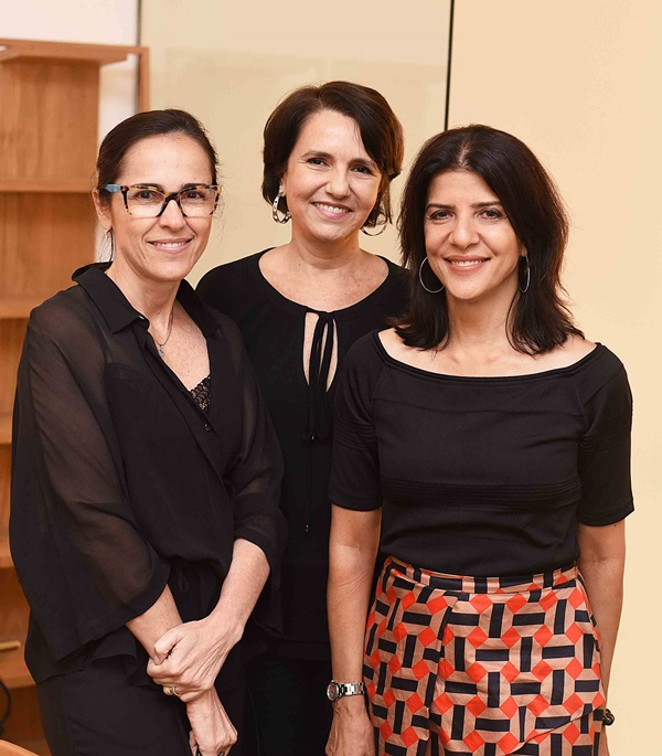 Gisele Taranto, Laura Bezamat e Cristina Bezamat