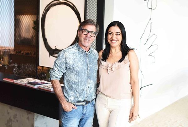 Jairo de Sender e Cristina Cortes