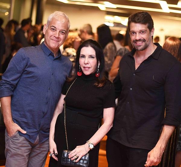 Mauricio Nobrega, Paola Ribeiro e Alexandre Pazzini