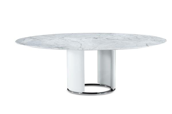 Mesa de jantar Allianzs, de Ronald Sasson, com base em microtextura, tampo em mármore e anel na base em ônix, com 180x75cm de alt, na NOVO AMBIENTE
