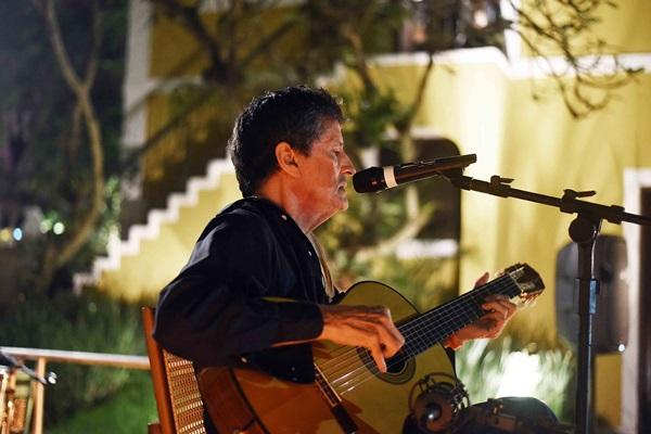 show de Vinicius Cantuaria na Casa Cor Rio 02