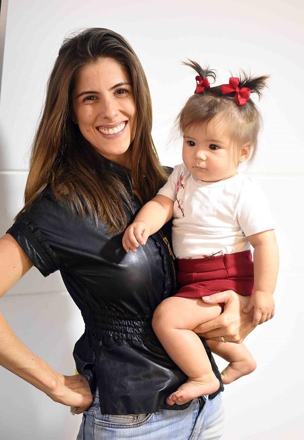 Julia Clark com a filha Cecilia