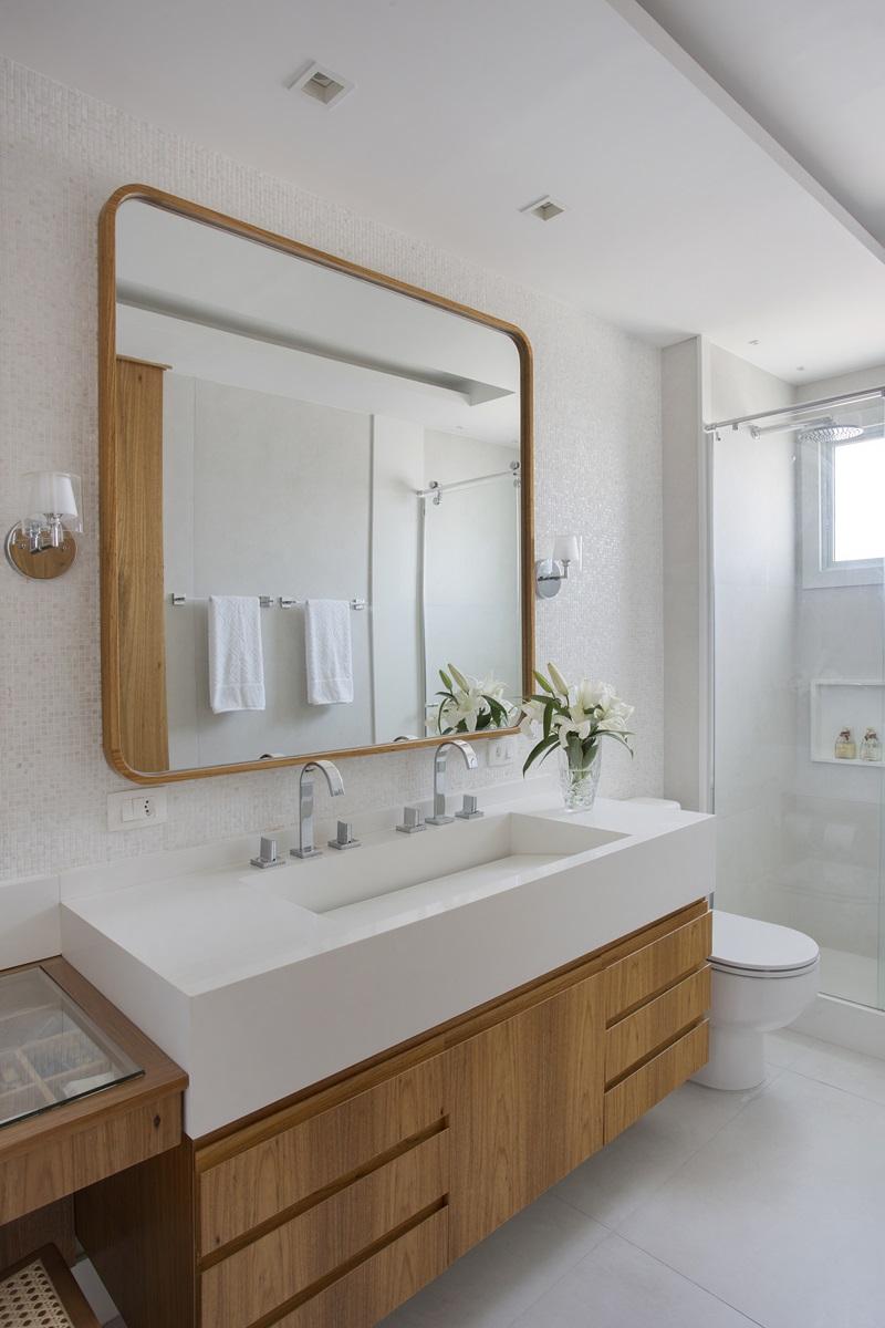 Primeiro pavimento - banheiro da suíte do casal