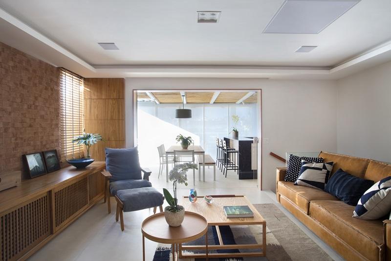 Segundo pavimento - family room com varanda gourmet climatizada ao fundo