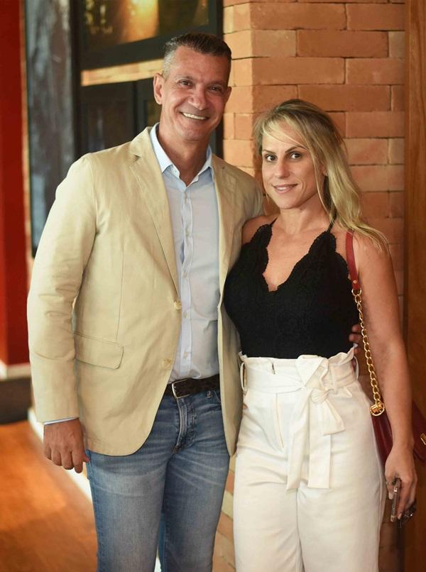 Junior Grego e Fernanda Vieira