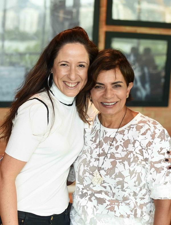 Kelly Figueiredo e Emmilia Dias Cardoso
